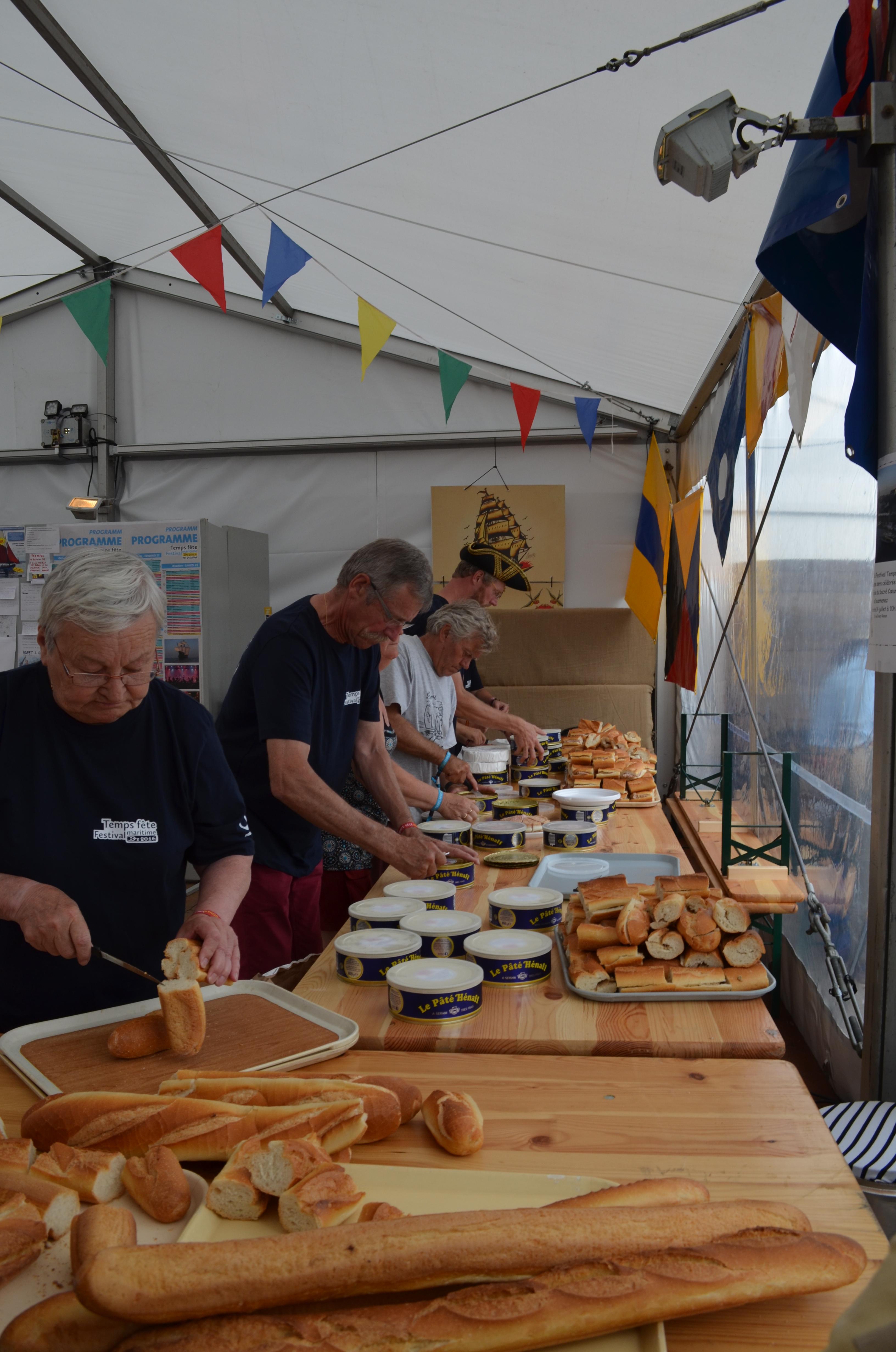 Temps Fête, bénévoles, association, festival, mer, bateaux, gréements, Douarnenez, Finistère, Pâté Hénaff